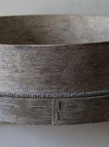 Ancien tamis de maçon, étagère