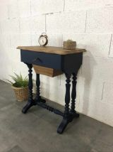 Table d'appoint/travailleuse ancienne