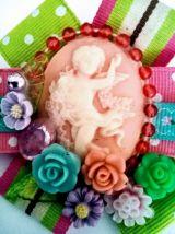Broche camée sur rosace, broche victorienne