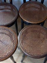 4 chaises J&J KHON 1900