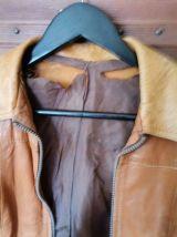 Veste cuir avec ceinture marron claire