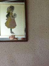 """Miroir décoré """"Petite Fille Modèle"""""""