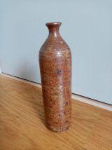 Bouteille soliflore en grès pyrité