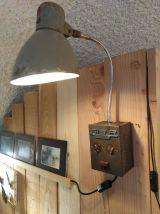 Lampe applique industrilelle