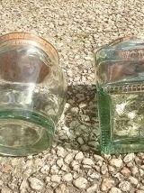 lot  de  2 bocaux  en verre  épais