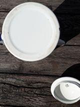Cafetiere émaillée à décor d'hirondelle
