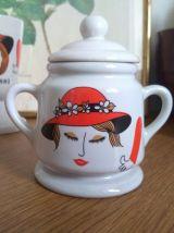Ensemble tasses et pot Vintage