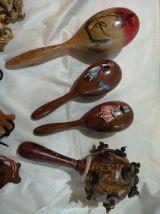 LOT INSTRUMENTS DE MUSIQUES divers en bois