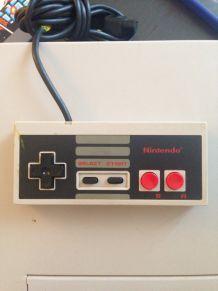 Manette Nintendo vintage en bon état