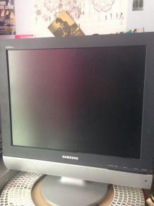 Televiseur LCD Samsung 50 cm