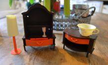 Petits meubles pour maison de poupée