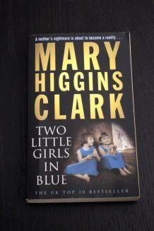 """Roman d'occasion """"Two little girls in blue"""" de Mary Higgins Clark"""
