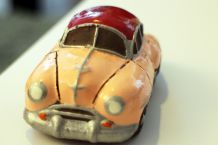 Statuette petite voiture ancienne de Cuba