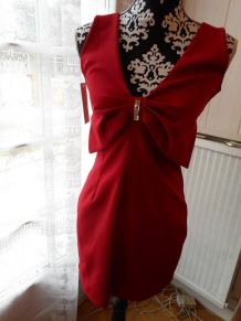 robe rouge taille 36/38