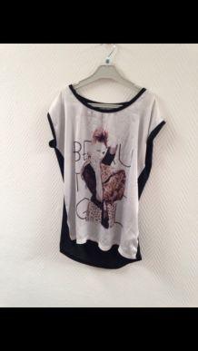 T-shirt l'ortie noir et blanc.