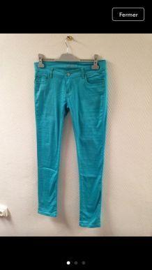 Jean élastique bleu turquoise
