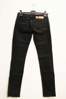 Jean push up noir boot cut