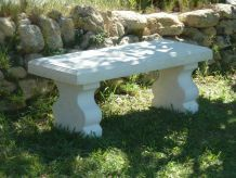 Banc blanc de jardin en pierre reconstituée