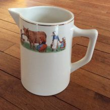 Pot à lait vintage, enfants à la ferme