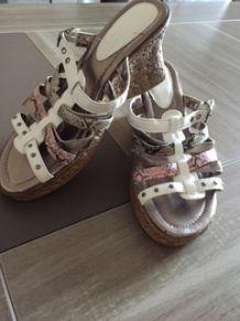 chaussures pas cher sandales compensées tendance