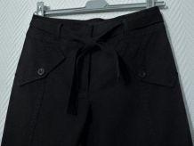 Pantacourt en 97% Coton Noir Avec son Lien-T36- Cote Femme