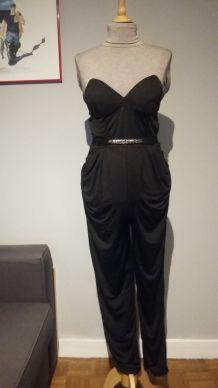 NEUVE - Combinaison pantalon noire - T.40