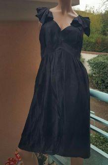 Robe noire EKJO
