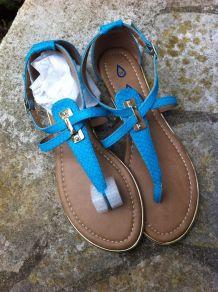 Sandales bleues similicuir