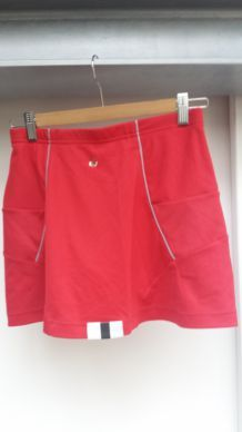 jupe rouge badminton