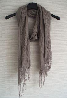Foulard/echarpe légère gris mastic/beige foncé