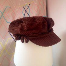 Béret / casquette en velours brun