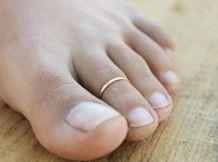 bague d'orteil ajustable