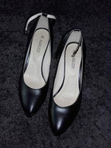 escarpins noirs taille 39 avec bride