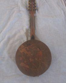 Mandoline ancienne  l'oiseau sur la branche
