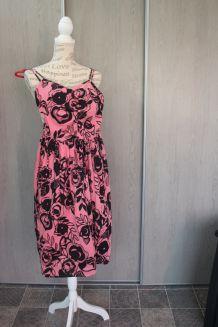 Robe H&M rose et noire taille 36