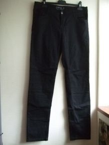 Pantalon denim noir