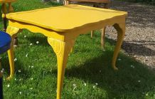 Table basse jaune