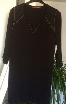 Robe noire et Couture doré