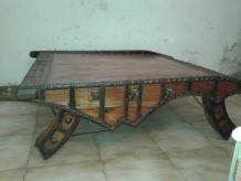 Table basse bois exotique massif et métal Inde