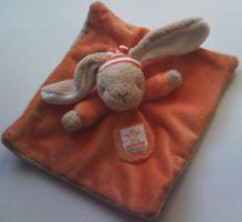 Doudou lapin orange Baby Folly