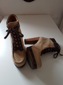 Bottines a talon en daim