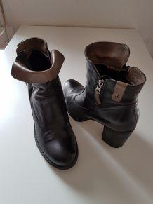 Low boots en cuir noir
