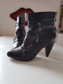 Low boots Noir