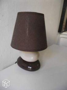 Lampe de chevet marron