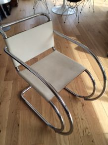 "FAUTEUIL KNOLL ""MR"" Mies Van der Rohe"