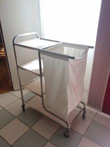 Charriot de ménage avec sac de linge (130L)
