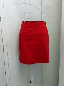 Jupe courte rouge taille 34