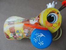 QUEEN BUZZY BEE, abeille Fisher Price VINTAGE