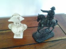 Lot de deux figurines Napoléon