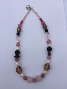 Collier rose et blanc